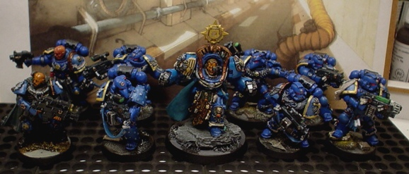 Metal snob that I am, here's some all-metal Space Marines.