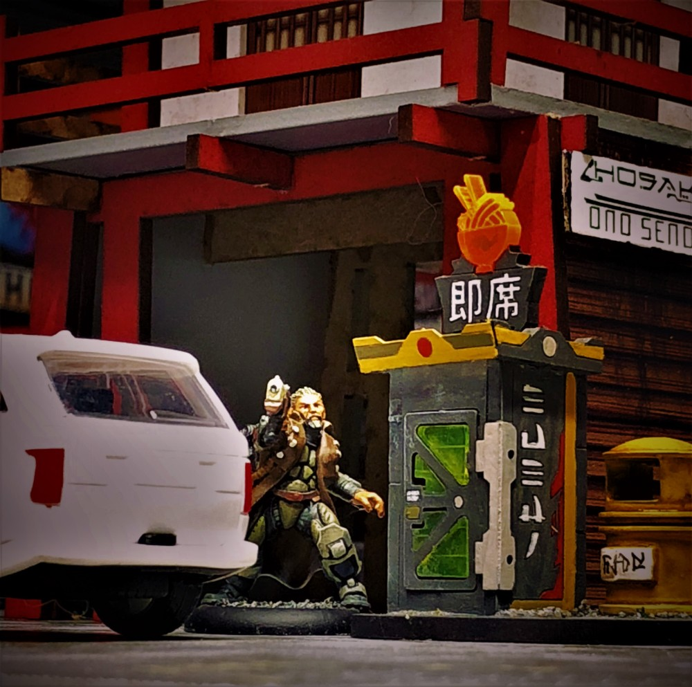 scene from latest session. my character gets paranoid over a suspicious vehicle.